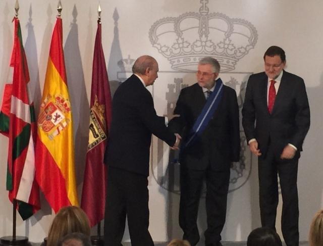 Florencio Domínguez, periodista experto en terrorismo, premiado con la Gran Cruz del Mérito Civil